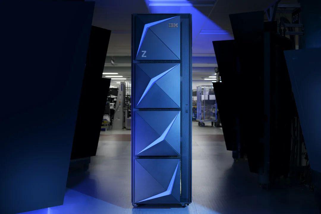 IBM发布Z和LinuxONE新产品帮助企业大规模部署安全混合云