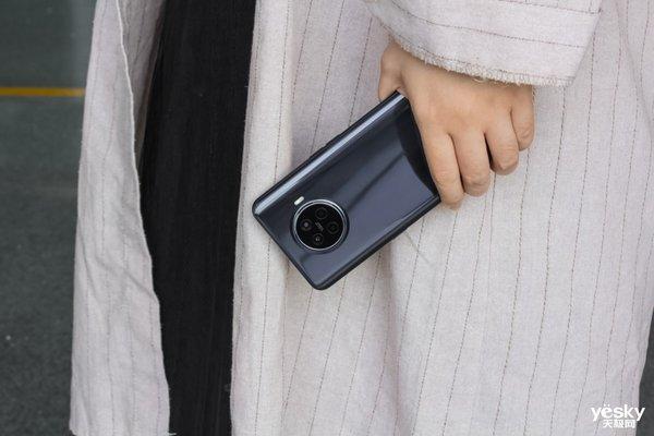 OPPO Ace2访谈40W无线旗舰手机商业生产最快
