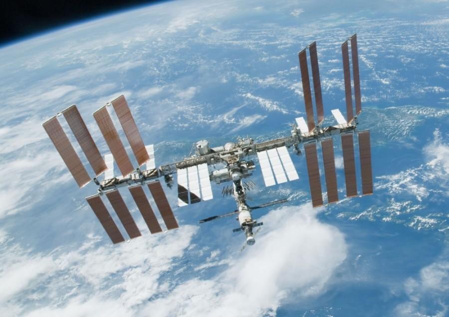 国际空间站突传坏消息,2名宇航员任务失败,世界目光聚集东方